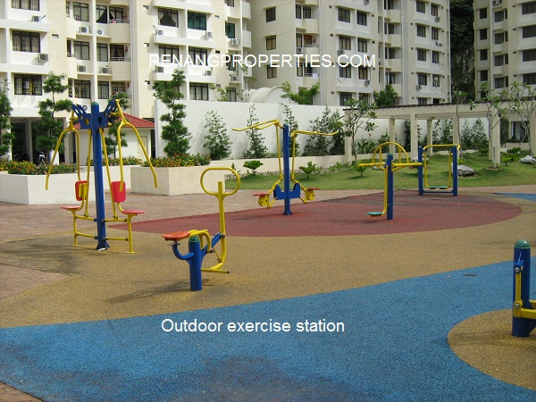 outdoor exercise gym