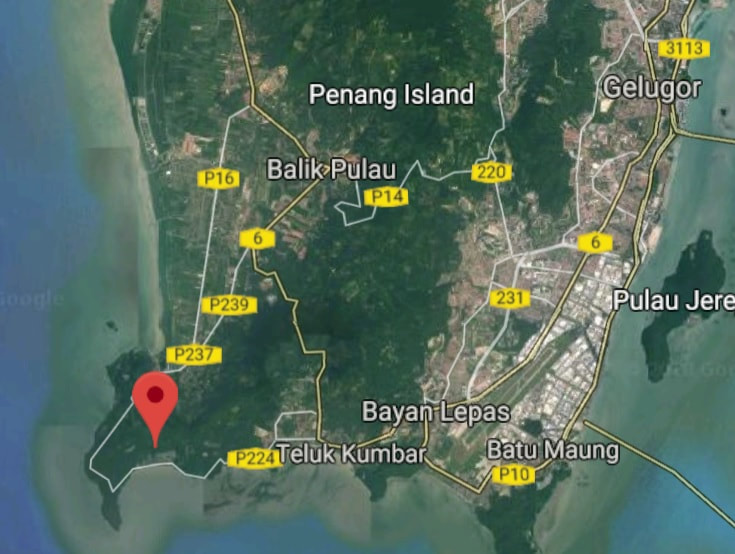 Teluk Kumbar land for sale